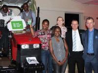 Case_IH_Traktorspende_Afrik.jpg