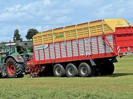 Die Anforderungen der Landwirte und Lohnunternehmer an Ladewagen und Service sind hoch und steigen.