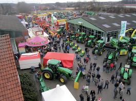 Über 8 000 Besucher haben sich beim Jubiläumsfest der Firma Rebo über die neueste Technik informiert.