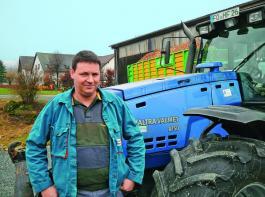 Der Valtra 8750 war 1997 der erste Traktor mit Zapfwellenboost.