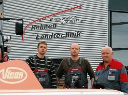 Hans, Christian und Jan-Bernd Rehnen (v.re.n.li.)  haben sich 2005 selbstständig gemacht und vertreten Vicon als A-Händler.