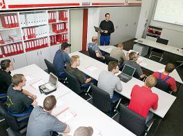 Mager & Wedemeyer unterstützt seine Partnerhändler auch bei Vicon-Technik mit zahlreichen Schulungen.