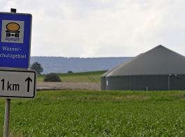 Umweltminister Franz Untersteller schreibt den Erfolg bei der Nitratminderung im Wesentlichen den in Wasserschutzgebieten geltenden Regelungen der Schutzgebiets- und Ausgleichsverordnung zu.
