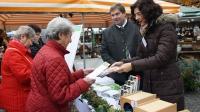 Wie gesund ist Wintergemüse? Ernährungsfachfrau Jutta Löbert und Anton Kreitmair, BBV-Präsident Oberbayern, klären auf.