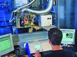Im Forschungs- und Entwicklungszentrum arbeiten rund 550 Ingenieure. Sie beschäftigen sich nicht nur mit der Entwicklung neuer Motorgeräte, sondern unter anderem auch mit den Themen Werkstoffkunde sowie Kraft- und Schmierstoffe.