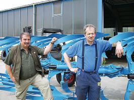 Vor 20 Jahren gründeten Josef Lechner (li.) und Josef Fackler die LEFA Landtechnik in Amerbach im bayerischen Landkreis Donau-Ries. Heute beschäftigen sie 13 Mitarbeiter.