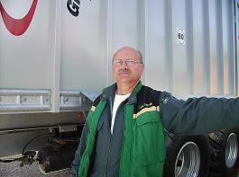 Karlheinz Graf führt zusammen mit seinem Bruder den Landmaschinenbetrieb.