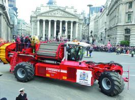 Varitron 270 auf einer Parade in London. Werkfoto