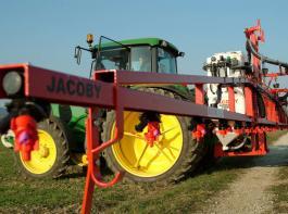 """Der Bundesrat hat sich gegen Pflanzenschutz- und Düngemitteleinsatz auf ökologischen Vorrangflächen ausgesprochen. Für den Deutschen Bauernverband ist dies """"ein völlig falsches Signal""""."""