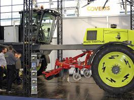 Der Multi Tool Trac ist der Prototyp eines Hybridschleppers dänischer Herkunft, der elektrischen  und Diesel-Antrieb kombiniert.