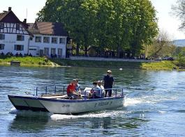 Seit 115 Jahren verkehrt eine Drahtseilfähre zwischen Lottstetten und Ellikon im Zürcher Weinland.
