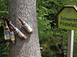 Witzige Idee der Landjugendlichen, die bei Schwärzenbach den Gäg-Wäg anlegten.