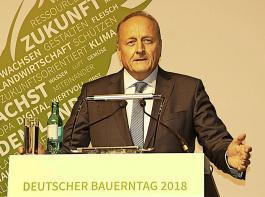 Joachim Rukwied, Präsident des DBV, und ...