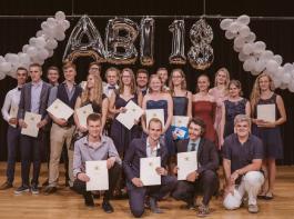 Die Agrar-Abiturientinnen und -Abiturienten feierten ihren Abschluss.