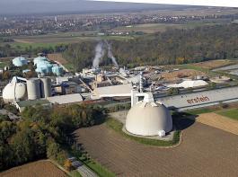 Blick von oben auf die Zuckerfabrik im elsässischen Erstein. 6200 Tonnen Rüben wurden in der Kampagne 2019 im Schnitt am Tag hier verarbeitet. Die Kampagne  dauerte von 1. Oktober bis 27. Dezember.