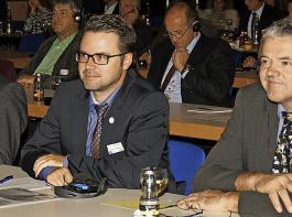 ... Fachreferent Hubert God, Hauptgeschäftsführer Benjamin Fiebig, Vorstandsmitglied Oswald Tröndle (jeweils BLHV).