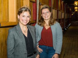 Die Badische Weinkönigin Sina Erdrich (links) und Weinprinzessin Hanna Mußler starten im Dezember ein neues Online-Projekt.