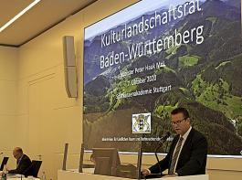 Minister Peter Hauk würdigte zum Auftakt die Arbeit der Bauernfamilien: Die Kulturlandschaft sei die Frucht jahrhundertelanger Arbeit, vor allem der heimischen Land- und Forstwirtschaft.