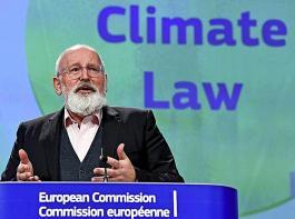 Frans Timmermans, verantwortlicher EU-Kommissar für den Green Deal,  sieht in der Corona-Krise keinen Grund, die Umwelt-Strategiepläne für die Landwirtschaft in der Europäischen Union zu verschieben.