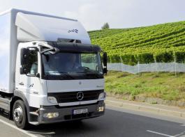 Wein ist laut Bundesamt für Güterverkehr kein eigenes Erzeugnis im Sinne des Mautrechts. Demnach gilt die Mautbefreiung nur für die Urproduktion.