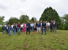 Die Gärtnermeisterinnen und Gärtnermeister des Jahrgangs 2019–2021 feierten zusammen mit ihren Fachlehrern den erfolgreichen Abschluss.