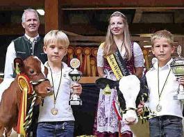 Theo Hofer (Reserve-Champion) und Felix Mink (Mini-Champion) siegten unter den Jüngsten (v. links).