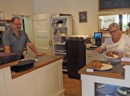 Christian und Gisela Muno haben sich mit ihrem Café einen Traum erfüllt.