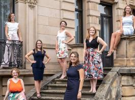 Die Kandidatinnen (von links:) Jana Petermann, Eva Lanzerath, Anna Maria Löffler, Tamara Luisa Elbl,  Alexandra Unger, Eva Christine Müller (oben links),  und Bärbel Ellwanger(oben rechts).