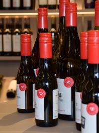 """Die Marke """"Alte Wache"""" steht jetzt auch für eine exklusive Weinserie."""