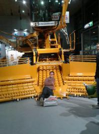 Auch Exkursionen stehen auf dem Stundenplan, zum Beispiel zur Agritechnica.