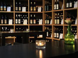 Weingüter dürfen nun doch geöffnet haben.
