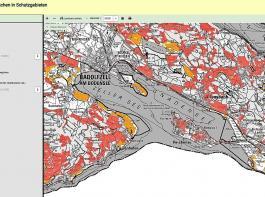 Beispielkarte vom Bodenseegebiet: Rot markiert sind die Schutzgebiete, die nach der Forderung des Volksbegehrens einem Pflanzenschutzverbot unterworfen worden wären. Orange dargestellt sind Naturschutzgebiete, also die Verbotsflächen nach den Vorgaben des Eckpunktepapiers. Zwei Beispiele einer Kartendarstellung. Die Karten lassen sich so vergrößern, dass nicht nur Gemeindeflächen, sondern einzelne Flurstücke erkennbar markiert sind.