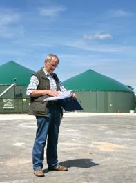 Aussichten insgesamt nicht rosig: Beim Thema Biomasse soll der Ausbaudeckel von 100 Megawatt pro Jahr nur für Neuanlagen gelten. Die Erweiterung bestehender Anlagen  wird damit weiterhin möglich sein. Neue Biogas-Anlagen sollen allerdings vor allem mit Abfall- und Reststoffen betrieben werden.