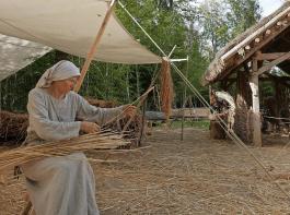 Wie lebte es sich so im frühen Mittelalter? Wie wurde gearbeitet? Antworten auf solche Fragen gibt es im  Campus Galli bei Messkirch.