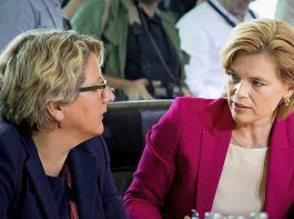 Bundesumweltministerin Svenja Schulze (links) und Bundeslandwirtschaftsministerin Julia Klöckner sind beim Thema Wolf nicht einer Meinung.