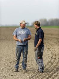 Projekte unter Beteiligung der landwirtschaftlichen Praxis sollen bevorzugt gefördert werden.