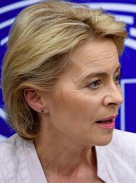 """""""Ich will die CO2-Emissionen bis 2030 um mindestens 50 Prozent reduzieren"""", so Ursula von der Leyen bei ihrer Bewerbungsrede im Europäischen Parlament."""
