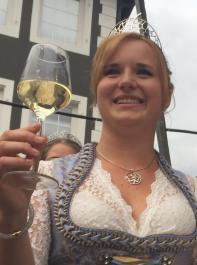 Breisgauer Weinprinzessin Claudia Vetter