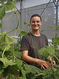 Jessica Türler  leitet  die Saatgutvermehrung von ProSpecieRara in Wildegg/CH.