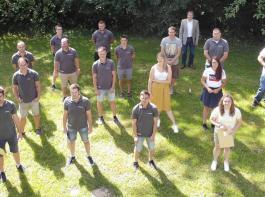19 Technikerinnen und Techniker wurden an der  Albert-Reis-Schule verabschiedet.
