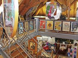 Ein Blick in die Ausstellung im Textilmuseum. Sie zieht sich über vier Etagen.