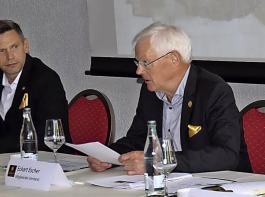Christof Joos, André Weltz, Eckart Escher und Henning Johanßen (von links) trugen gemeinsam den Geschäftsbericht 2020 vor.