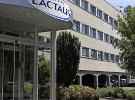 Lactalis – hier ein Bild vom Hauptsitz des Unternehmens  im westfranzösischen Laval – hat künftig in Ravensburg das Sagen. Der im Besitz der Familie Besnier befindliche Konzern kam 2016 auf einen Umsatz von 17,3 Milliarden Euro.