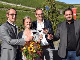 Bürgermeister Bohn, Bereichsweinprinzessin Lea Tritschler, Geschäftsführer Denis Kirstein und Vorstandsvorsitzender Michael Kunzelmann eröffneten das Fest (von links).