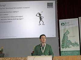 Martin Weiler, Geschäftsführer der Bioland-Beratung Baden-Württemberg, umriss die grundsätzlichen Aspekte einer Umstellung.