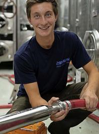 Joachim Bumen lernte im dritten Jahr viel über die Kellereitechnik.