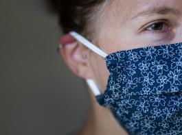Selbstgenähte Masken dürfen nicht als Mundschutz oder Mund-Nasen-Schutz in den Verkehr gebracht werden.
