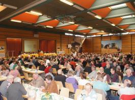 Über 500 Teilnehmer zählte die Landesversammlung des BLHV in der Kirchberghalle in Ehrenkirchen – trotz perfektem Arbeitswetter für Bauern.