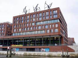 Bei der Zukunftskommission Landwirtschaft nicht mehr dabei: Zentrale von Greenpeace Deutschland an einem Topstandort in der Hamburger Hafencity.