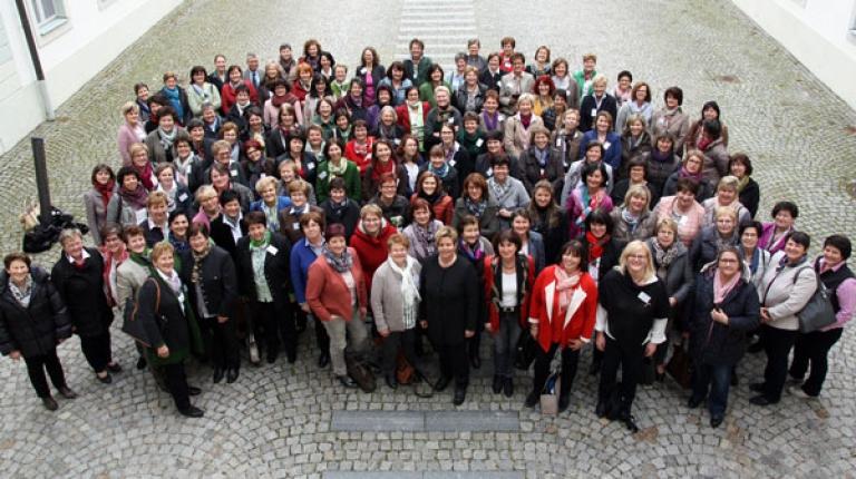 Die Kreisb�uerinnen und ihre Stellvertreterinnen kamen dieses Jahr zu ihrem j�hrlichen Seminar auf Schloss Hirschberg zusammen.